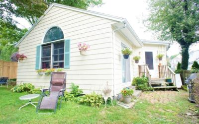 Reduced Price! – Darien single family home for sale: 10 Joseph St