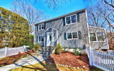 New Listing! – New Canaan single family home: 44 Summer St
