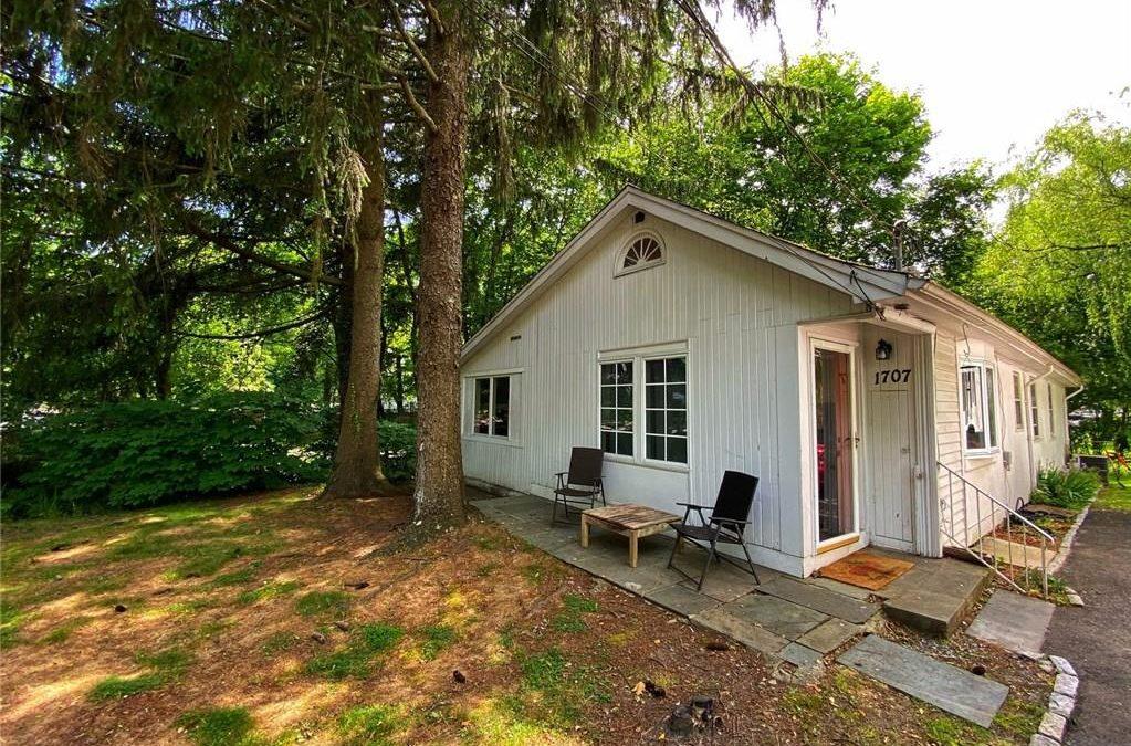 New Listing! – Darien single family home: 1707 Boston Post Rd